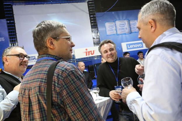 iRU – участник презентации процессоров 6-го поколения Intel
